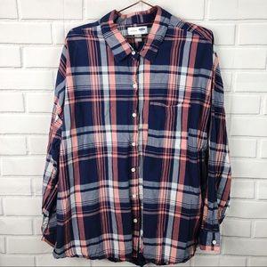 Old Navy | boyfriend plaid button down shirt